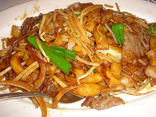 Beef Chow Fun with Baby Corn