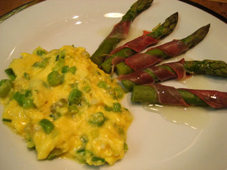 Chinese Scrambled Eggs With Chives